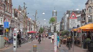 A Nijmegen main street note for both pedestrians and cyclists.