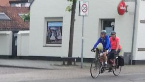 A tandem passing during our coffee break.